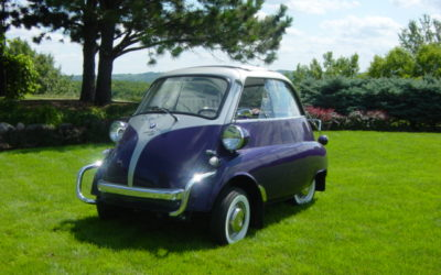 1957 Purple-Silver BMW Isetta